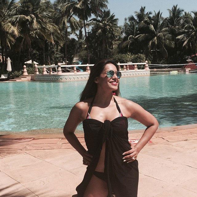 Bipasha Basu in Black Bikini