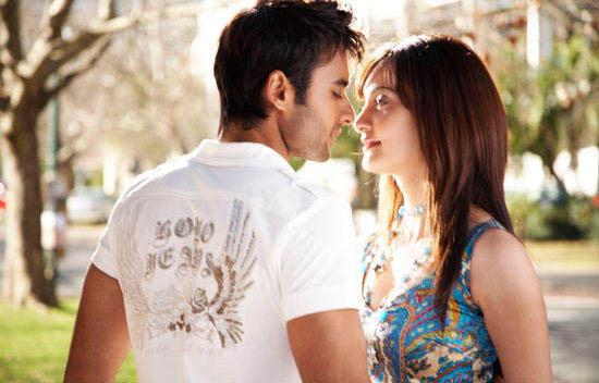 Cara Berciuman yang Paling Disukai Pasangan