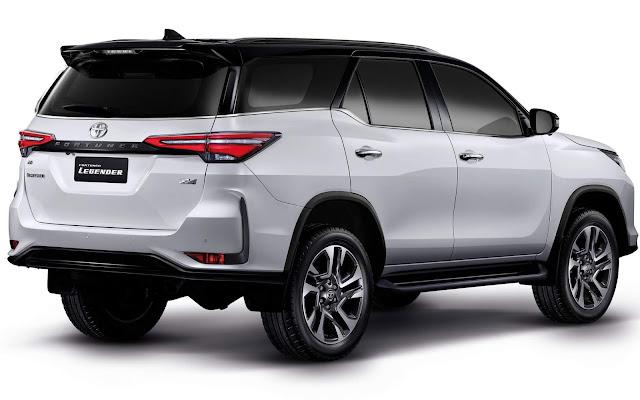 Nova Toyota Hilux SW4 2021
