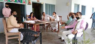 कुछ माननीय तो जौनपुर के शिक्षक साथियों को नीचा दिखाने का कोई भी अवसर नहीं चूकते हैं : राकेश सिंह   #NayaSaveraNetwork
