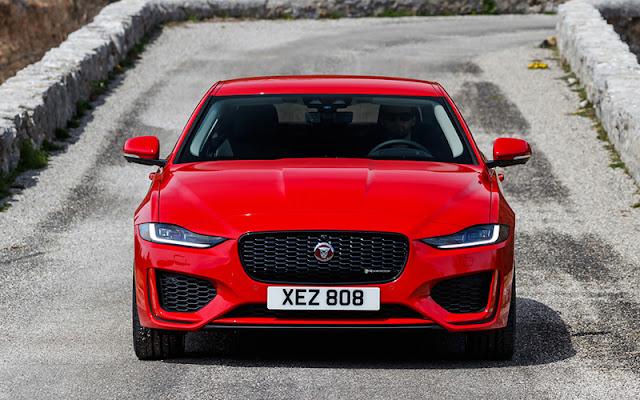 Jaguar XE 2020 có phần đầu xe lấy cảm hứng từ F-Type