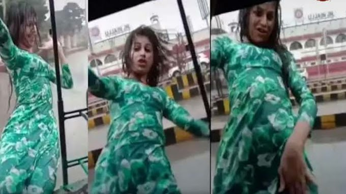 बारिश मैं रिक्शे में लटक कर एक Tik Toker युवाकी बनाई थी । तब वीडियो खोज रही है पुलिस ।