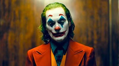 Joaquin Phoenix (Arthur Fleck) - Joker