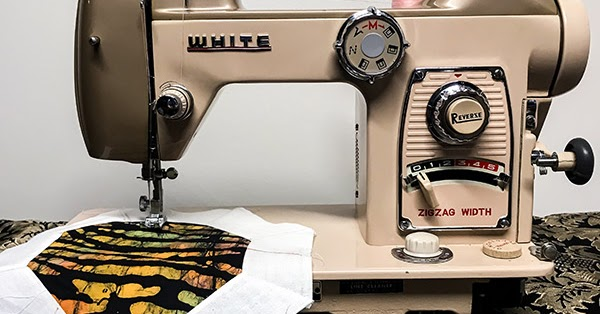White 40 Selectronic Vintage Sewing Machine The Quilting Room Best White Sewing Machine Bobbin Size