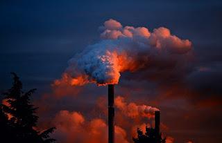 Polusi udara dapat diidentifikasi dengan instrumen khusus seperti monitor gas