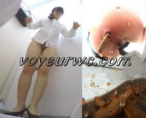 [EE-162] Girls in the public toilet are hard to defecates. Public toilet pooping girls in strict suit
