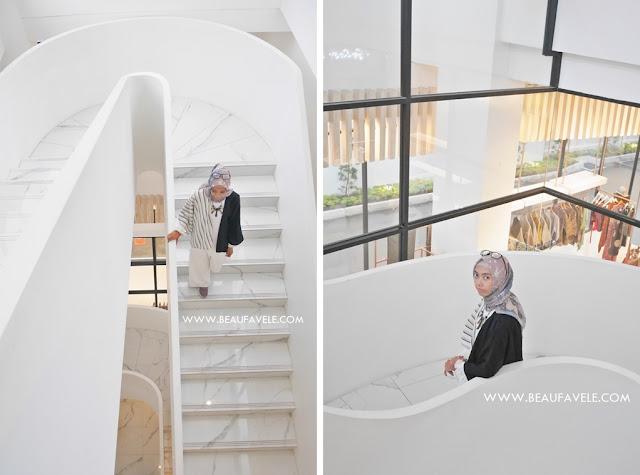 Desain tangga yang artsy dan instagramable