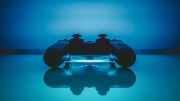 أحد اللاعبين يشتكي من ميزة على خدمة PSN أصبحت عبارة عن مشكلة في جهاز PS4 !