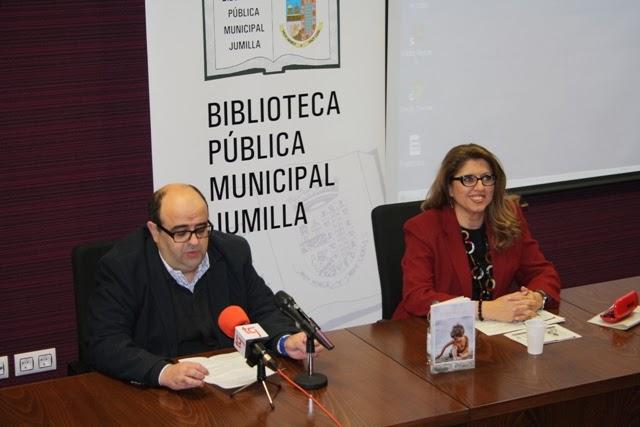 """El Blog de María Serralba - Presentación """"El Dios del faro"""" Jumilla"""