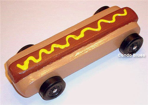 condo blues hot dog pinewood derby car. Black Bedroom Furniture Sets. Home Design Ideas