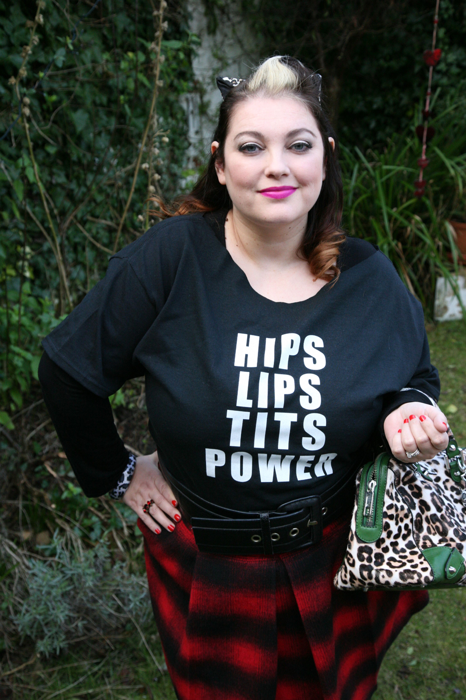 Hips, Lips, Tits, Power! 80's punk outfit inspired by