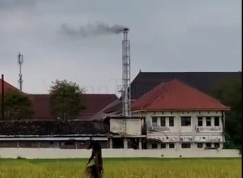 Warga Ancam Turun Jalan Jika Pembakaran Limbah Medis RSUD Haryoto Tidak Segera Dicarikan Solusi