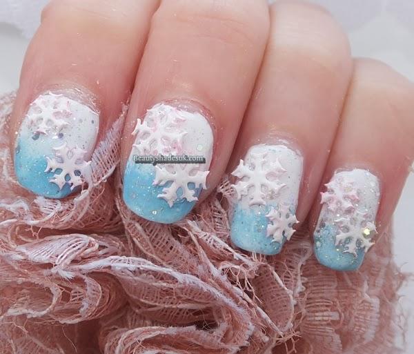 Christmas snowflake Nails