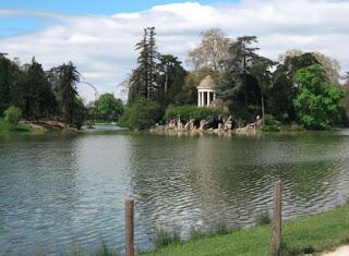 Le temple d'amour du lac Daumesnil