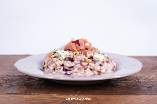 Risotto con radicchio, gorgonzola, speck e noci