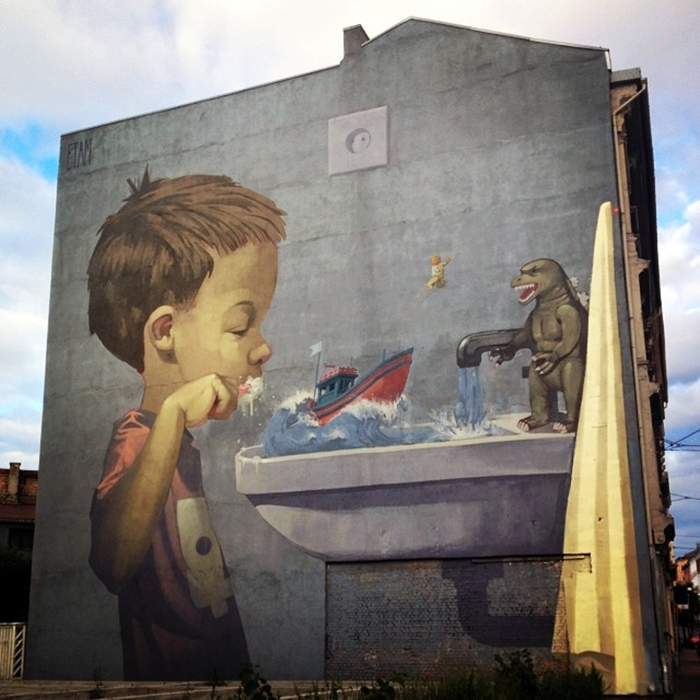 Sainer and Bezt from Etam Cru spent the last few days in Norway working on this new piece somewhere on the streets of Oslo.