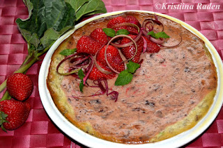Rhubarb strawberry cheesepie