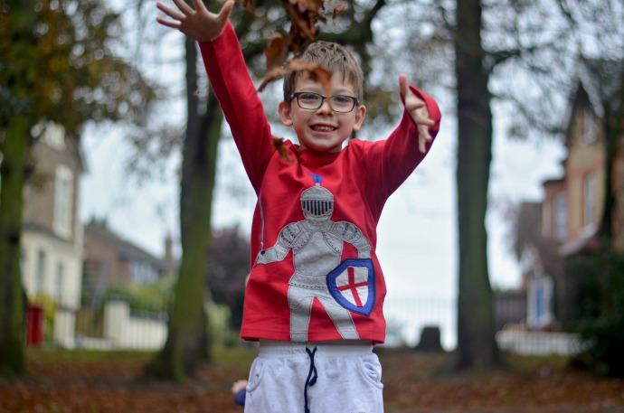 Autumn activities with kids, Boden boys