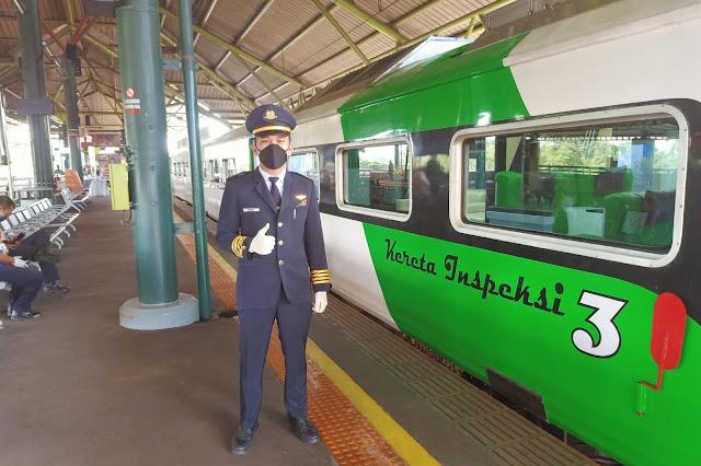 Kondektur Kereta Api Berdinas Kereta Inspeksi 3 , Sistem inspeksi perkeretaapian adalah sekumpulan sistem inspeksi yang sangat esensial untuk keselamatan perjalanan transportasi rel.