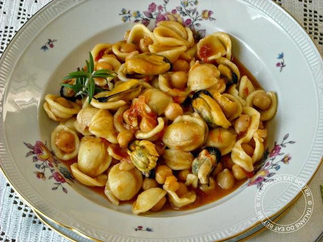 Ricetta Orecchiette Vongole E Ceci.Orecchiette Con Cozze Ceci E Pomodorini Italians Do Eat Better