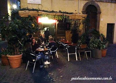 Vida em Trastevere, Terra Satis