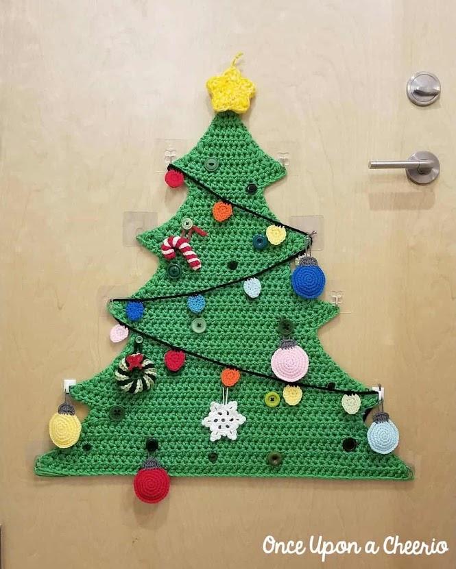 Crochet Christmas Tree with Crochet Ornaments