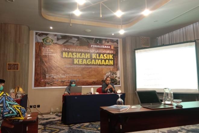 Litbang Makassar Gelar Transliterasi Naskah Kuno Lontara