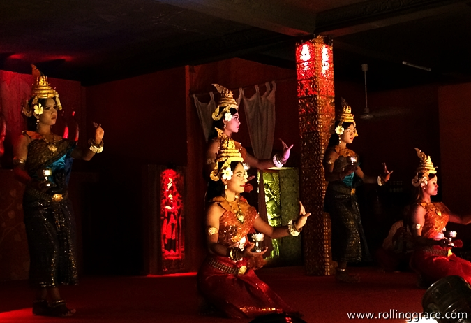 free apsara dance performance in siem reap