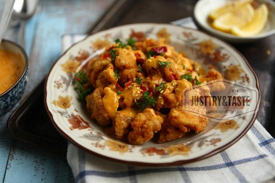 Resep Ayam Goreng Crispy Siram Saus Telur Asin