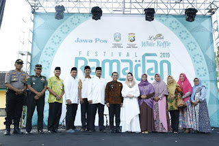Arumi Bachsin Dardak Hadiri Penutupan Festival Ramadhan