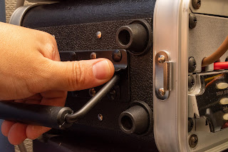 CPA02S はハンドル部での指詰めに注意が必要