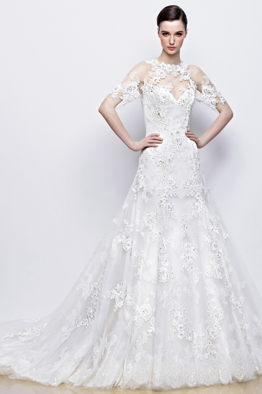 Charming Lace wedding dresses at Landybridal.co - Chamber of beauty