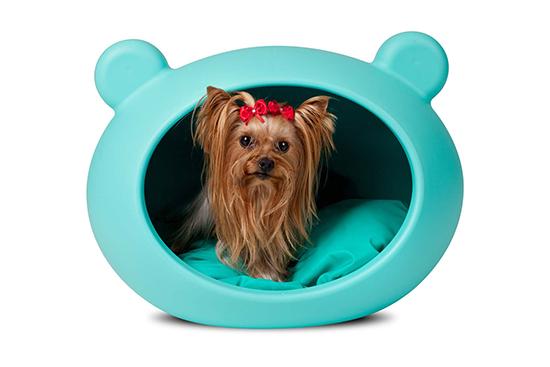 petites niches design pour l 39 ext rieur et l 39 int rieur woof mag 39 le blog des chiens heureux. Black Bedroom Furniture Sets. Home Design Ideas
