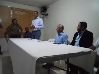 Francisco Medrano ofrece respaldo al aspirante a senador Dr. Máximo Féliz Terrero en Pedernales