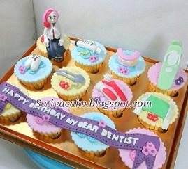 toko kue online di bogor Cup Cake karakter 3D