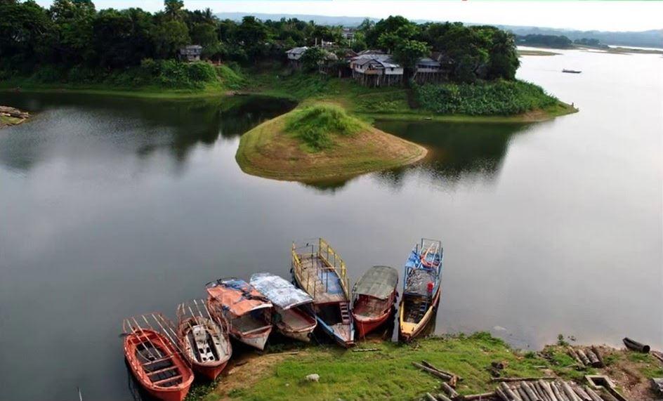 mouths-of-bangladesh