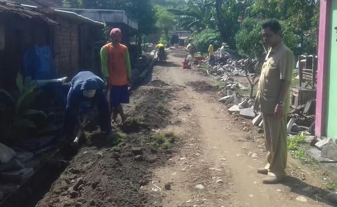 Program BKK Desa Bener Dan Drainase Berjalan Lancar