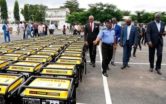 Photo: Lagos State Gov, Ambode Donates 120 Generating Sets To Police1 - Teelamford.com
