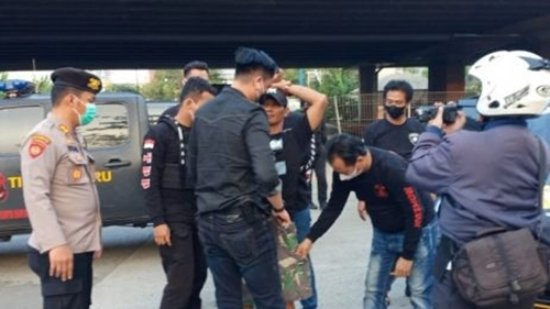 Polisi Tangkap 22 Pelaku Aksi Premanisme di Jakarta Barat
