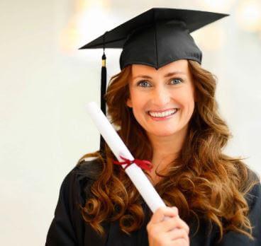 أفضل 25 جامعة يجب أن تفكر فيها للحصول على ماجستير في إدارة الأعمال عالي الجودة