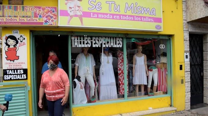 """Robaron un local de ropas por calle Mitre al 1300: """"No hay iluminación en la zona y aprovechan"""""""