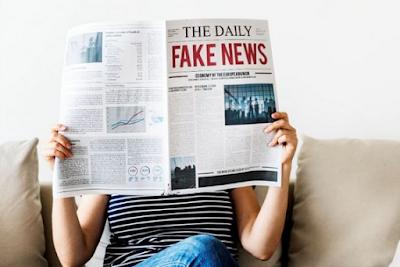 Kali ini admin akan membagikan contoh telaah kebahasaan teks berita dalam pembelajaran ba Contoh Telaah Kebahasaan Teks Berita 2019 | Bahasa Indonesia SMP Revisi
