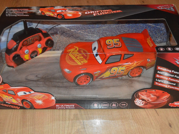 Review - 1:16 RC Ultimate Lightning McQueen