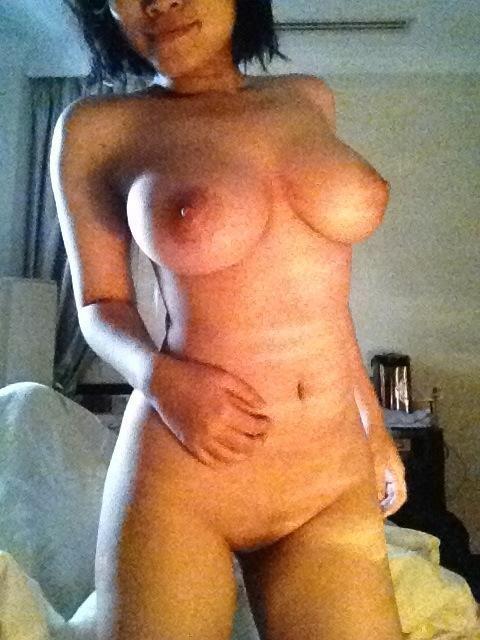 foto bokep selfie cewek seksi telanjang toket payudara gede