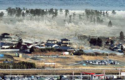 Bencana alam Tsunami - berbagaireviews.com