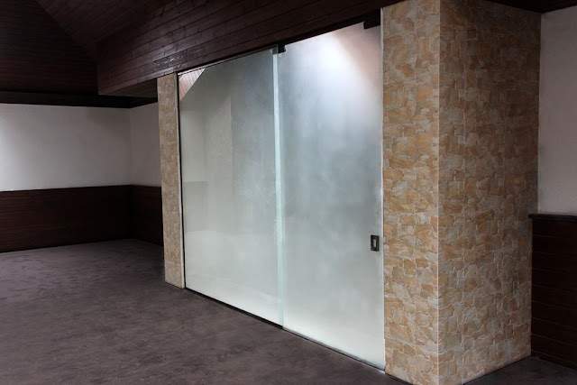sliding interior partitions