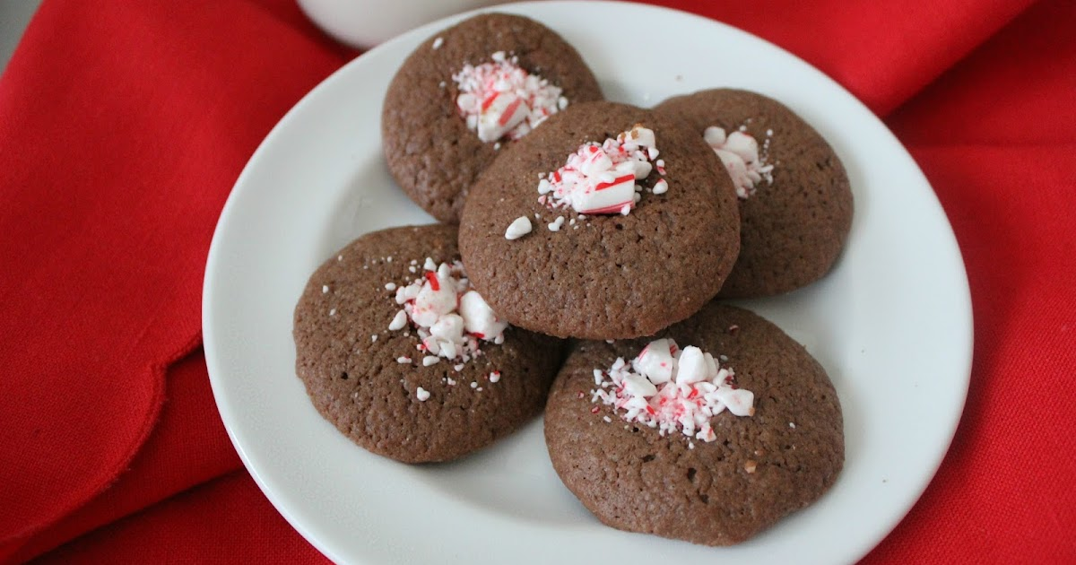 The Freshman Cook: Chocolate Mint Thumbprints/#christmascookies