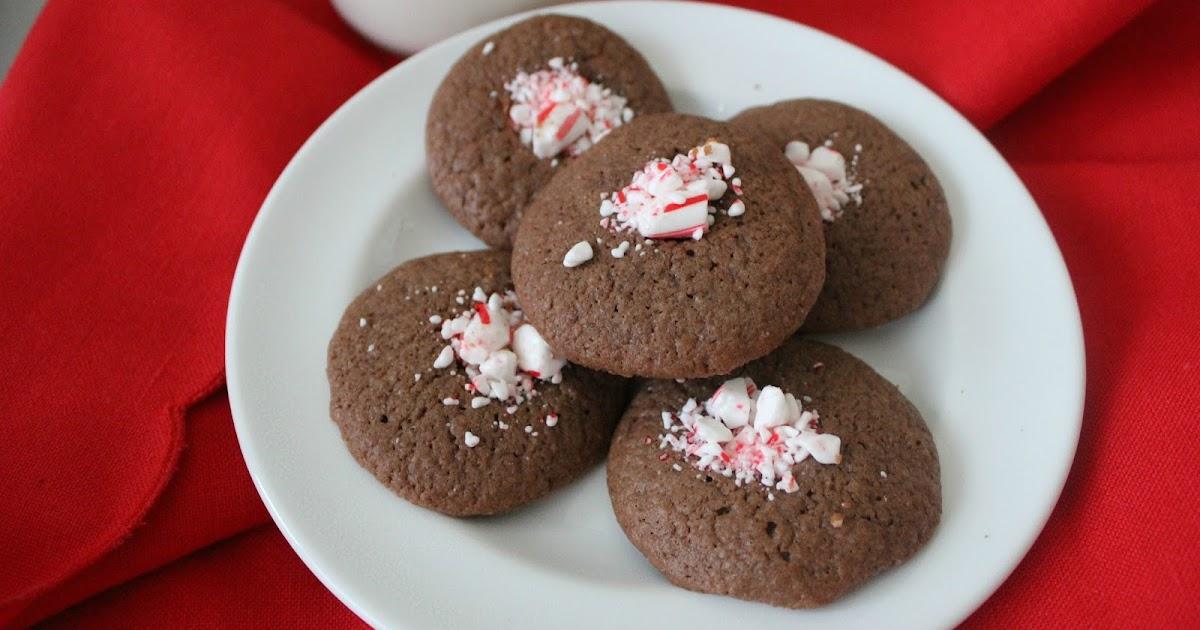 The Freshman Cook: Chocolate Mint Thumbprints/#christmascookies