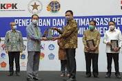 Gubernur Dondokambey Terima Penghargaan Dari KPK Soal Upaya Penertiban Aset di Sulut.
