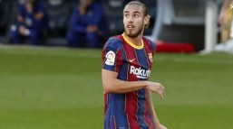 Mingueza: Messi has to look after himself and no one else